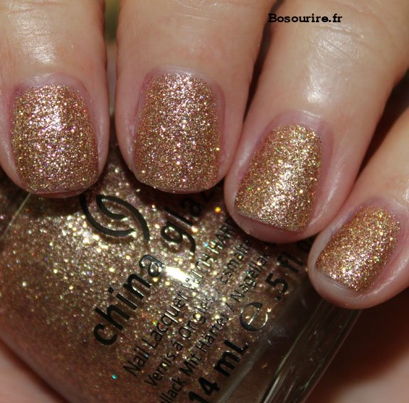 China-Glaze-Champagne-Kisses